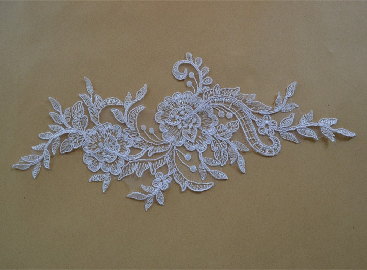 lace trims and appliques music